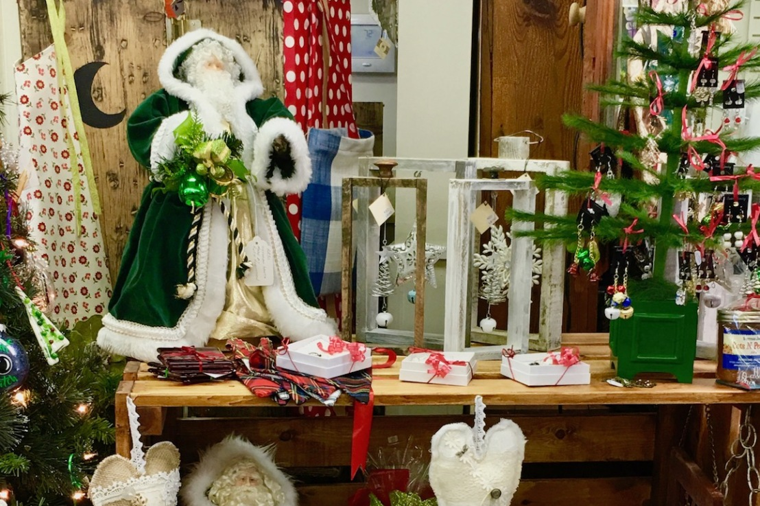 Shuswap Artisan Market – Christmas in July